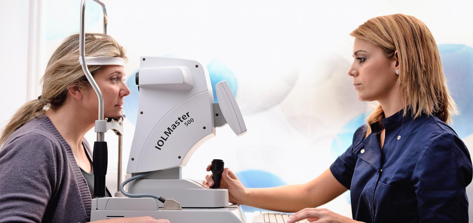 operación de astigmatismo